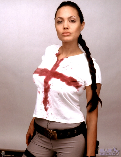 how to make the tomb raider movie red cross shirt